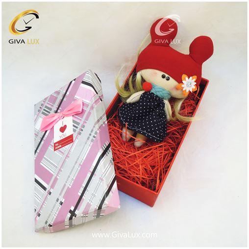 پک کادویی شامل عروسک و جعبه