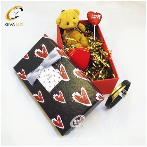 پک کادویی شامل خرس قهو ه ای قلب دستبند اسپرت جعبه
