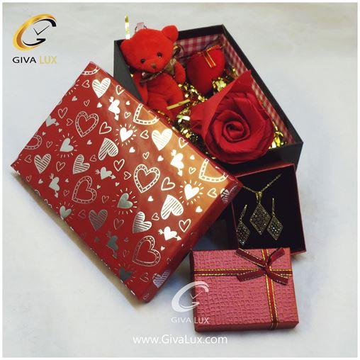 پک کادویی شامل خرس قرمز گل قرمز قلب قرمز جعبه و نیم ست دخترانه
