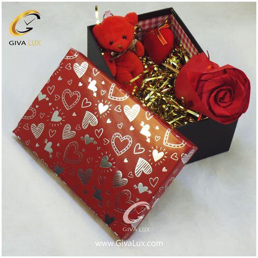 پک کادویی گل قرمز  خرس قرمز جعبه قلب